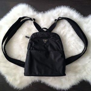 VTG 90s GUESS Black Backpack Bag Purse